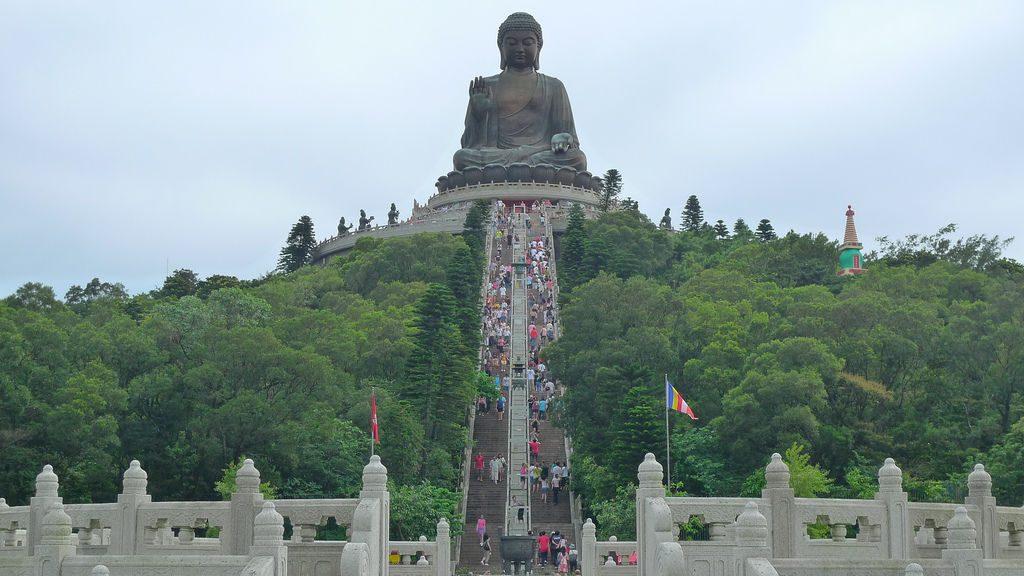 Ngong-Ping-360-Tian-Tan-Buddha